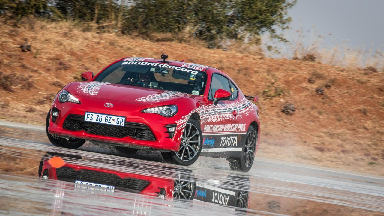 Someone has drifted a GT86 for nearly six hours